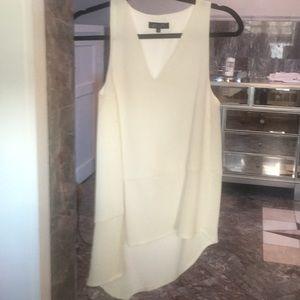 Elliatt white sleeveless Asymmetrical shirt XS